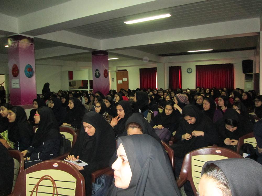 جشن 5 اسفند و تقدیر از برترین های ایراندخت در نیمسال اول 94-93