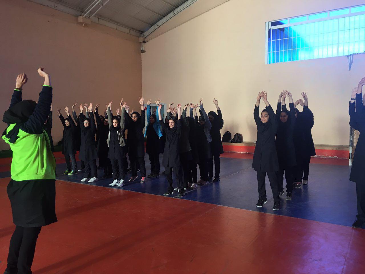 سالن ایرانیان - هفته تربیت بدنی